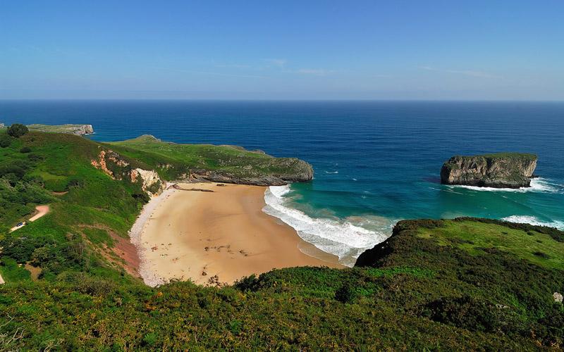 Playa de Andrín en Asturias