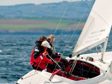 Salir en un velero en solitario es posible en la fase 0, con motor desde la 1