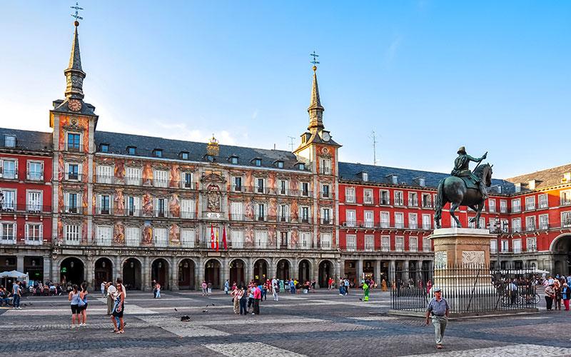 Plazas más espectaculares de España, Madrid