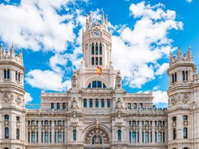 Los ayuntamientos más fascinantes de España
