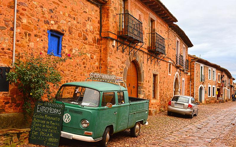 Pueblos más bonitos de España. Castrillo de los Polvazares