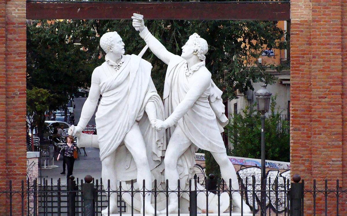 Tour por la historia de Madrid: Plaza dos de mayo