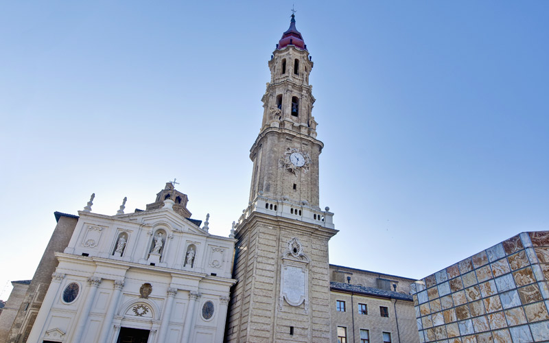 La Seo, para disfrutar tras saber dónde comer y dónde dormir en Zaragoza