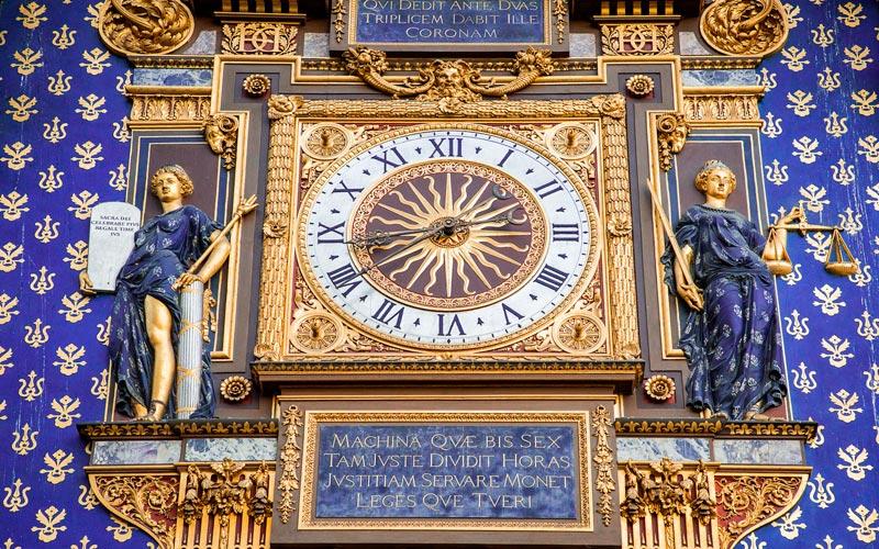 Reloj del Palacio Real de Francia