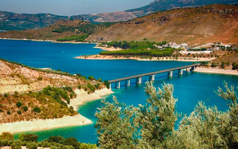 mejores lagos españoles Iznájar