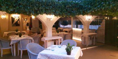 comer alcudia restaurante jardin