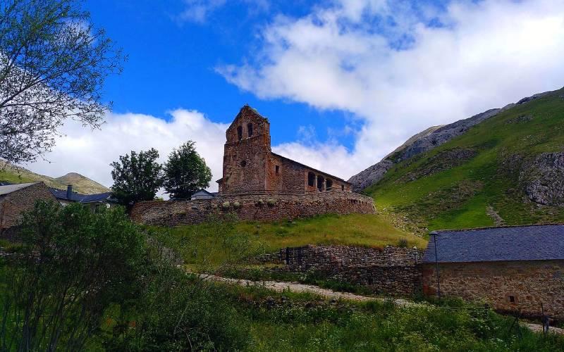 la iglesia de La Cueta