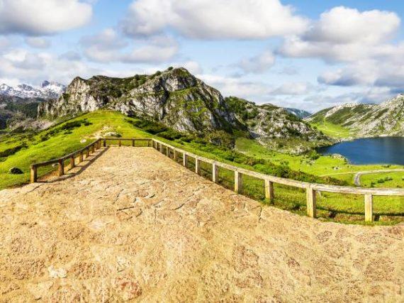 Lagos de Covadonga, un lugar asturiano donde perderse para encontrarse