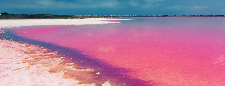Laguna rosa de torrevieja ,un lugar con una panorámica única al atardecer