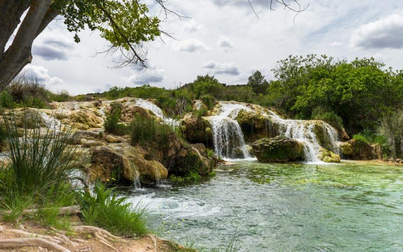 Uno de los muchos paisajes de los que pueden disfrutarse en las Lagunas de Ruidera