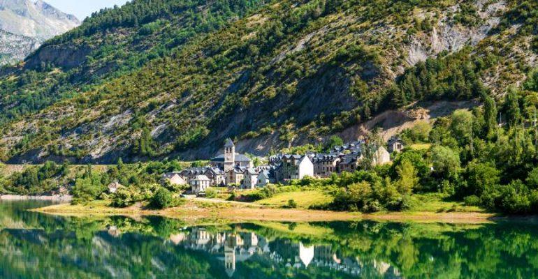 Lanuza, el pueblo aragonés que se negó a morir ahogado