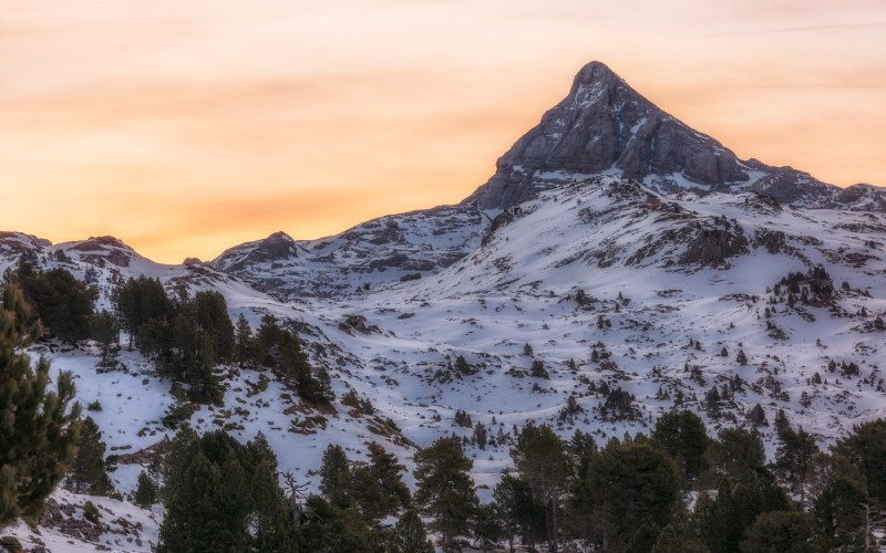 Macizo de Larra-Besagua y pico Anie