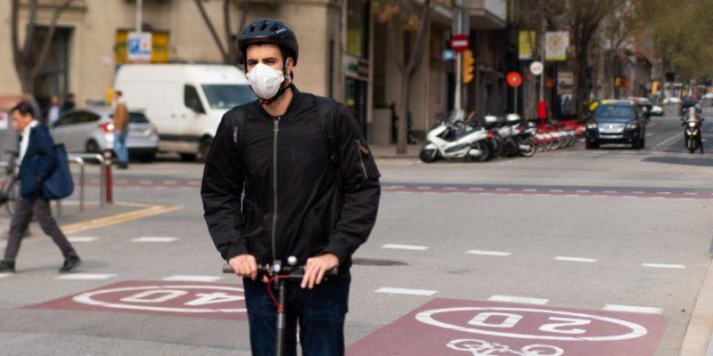 Desde hoy no llevar mascarilla en Catalunya será multable