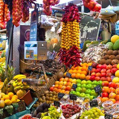Los mejores mercados de España para comprar género local