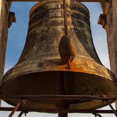 Las 9 campanas más fascinantes de España