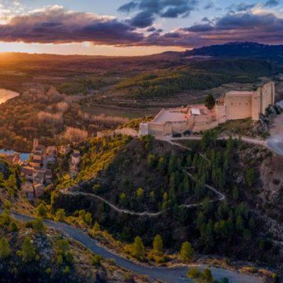El castillo templario de Miravet, la fortaleza que fue punta de lanza de la reconquista valenciana