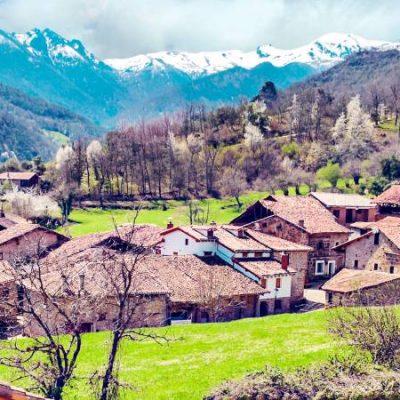 Mogrovejo, un pueblo digno de Heidi en plena Cantabria