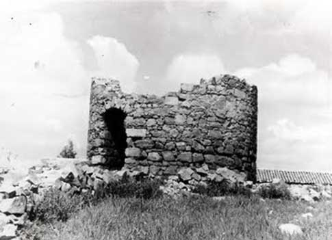 foto antigua Molino del Santo Cristo en ruinas Baños de la Encina