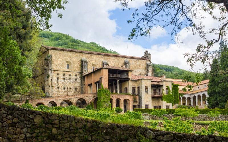 El Monasterio de Yuste fue el lugar escogido por Carlos para pasar los últimos años de vida