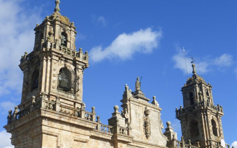 Catedral de Mondoñedo y campana Paula