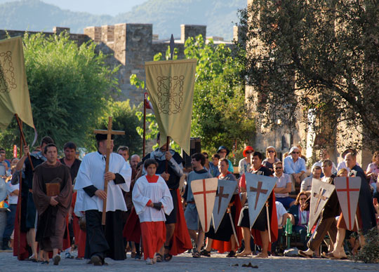 procesion-religiosa-la-morisma_ainsa-españa-fascinante