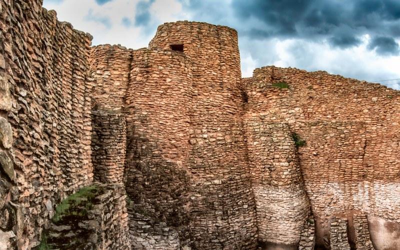Los impresionantes muros del yacimiento