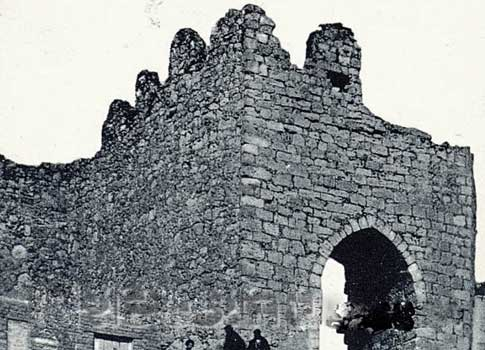 muralla antigua uruena