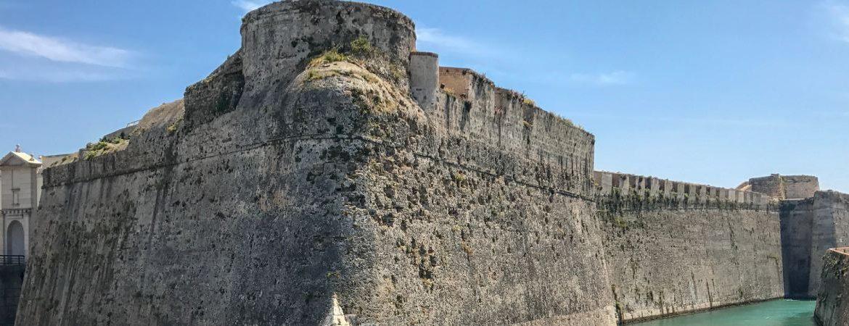 Murallas Reales y su foso