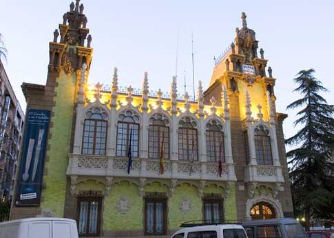 Casa modernista del Hortelano, actual Museo de la Cuchillería de Albacete