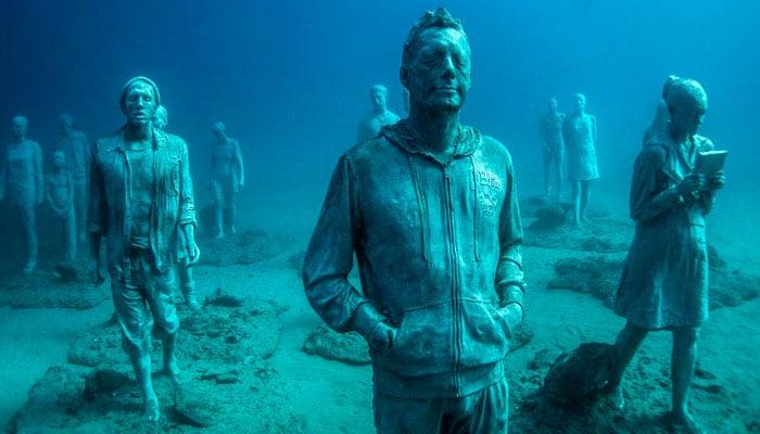 habitantes lanzarote esculturas museo submarino