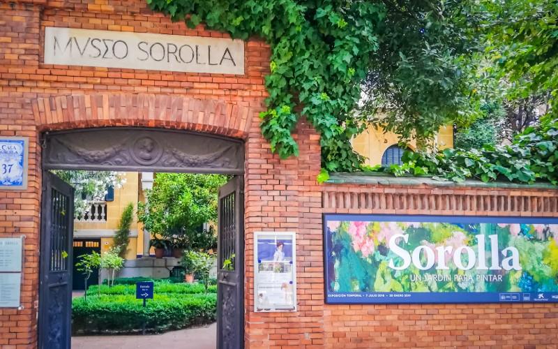 El jardín de su casa, ahora museo, está inspirado en lo que Sorolla encontró en Andalucía