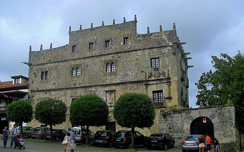 Palacio de los Velarde en Santillana del Mar