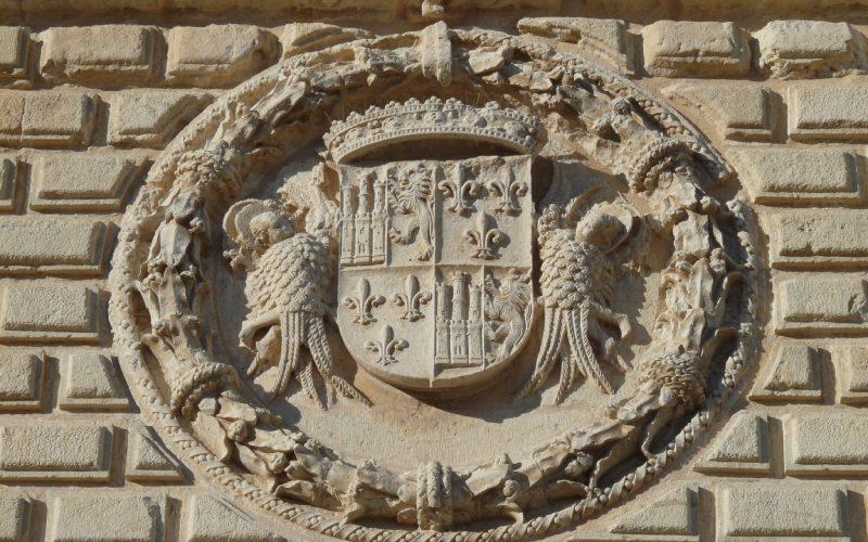 Escudo de armas en la fachada de Palacio de Cogolludo