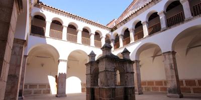 Palacio de los Condes de Osilo de Almendralejo