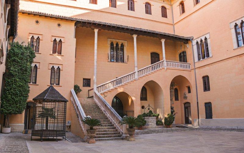 Escalinatas del palacio ducal de Gandía
