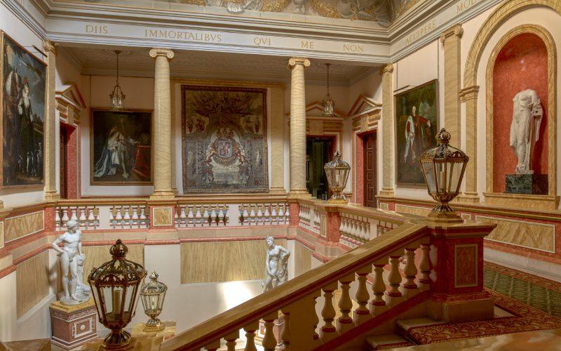 Escalera principal del Palacio de Liria