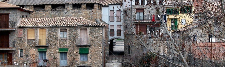 Comer y Dormir en Montañana - España Fascinante