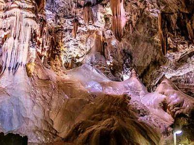 Qué ver en Valporquero de Torio y Cueva del Valporquero
