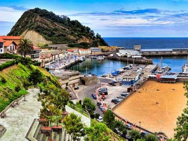 The last fishing ports of the Basque Coast