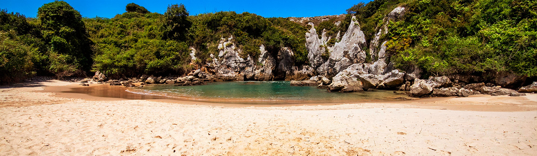 playa gulpiyuri espana fascinante
