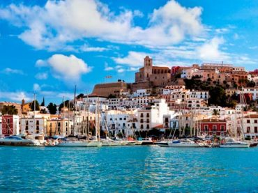 Travel Guide to Ibiza- Eivissa