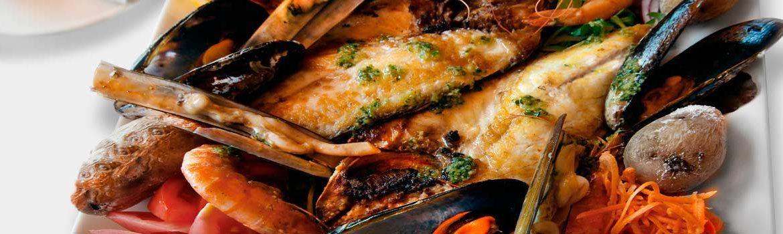 comer puerto mogan espana fascinante