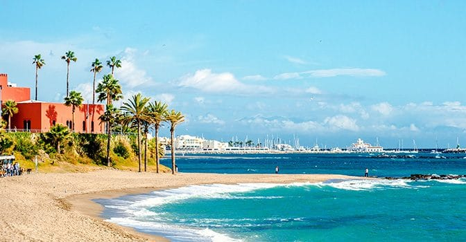 Where to sleep in Benalmádena