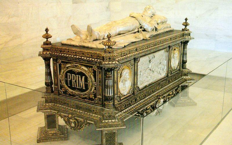 Sepulcro de Juan Prim y Prats