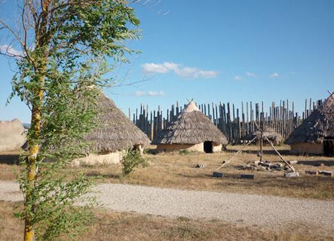 Cabañas del Parque Arqueológico de Atapuerca