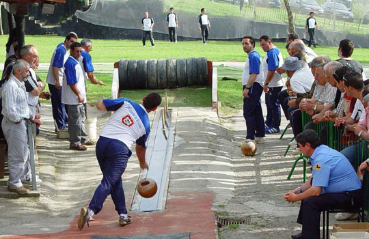 pasabolo-tablon-deportes-tradicionales-de-cantabria