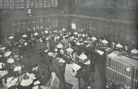 Biblioteca del Ateneo de Madrid La Pecera a principios del siglo XX