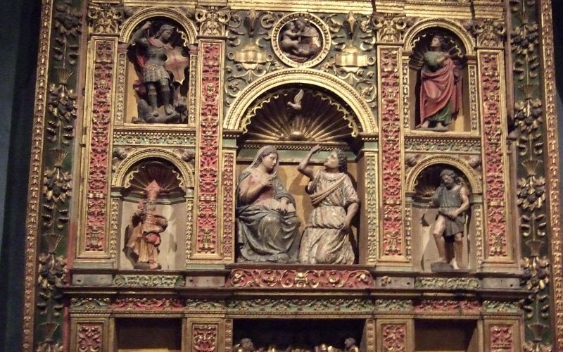 Detalle del retablo de la Anunciación.