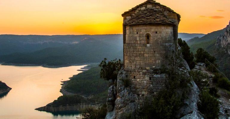 Las ermitas colgantes del congost de Mont-Rebei