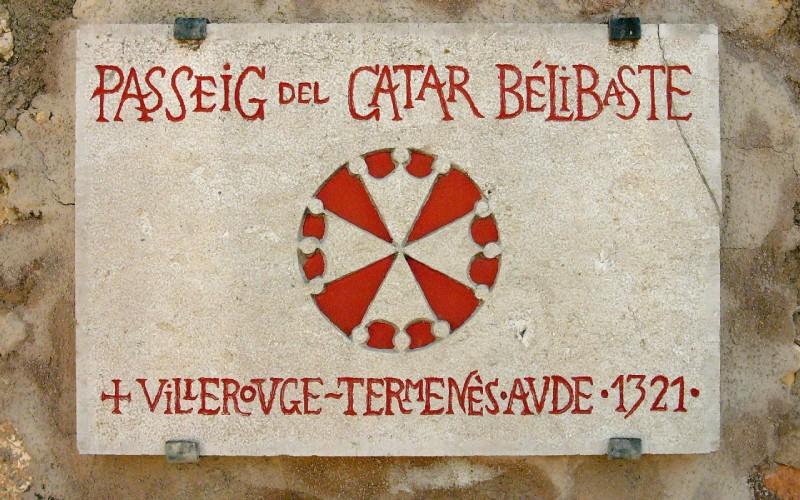 Placa de piedra conmemorativa de Ghilhelm Bélibaste